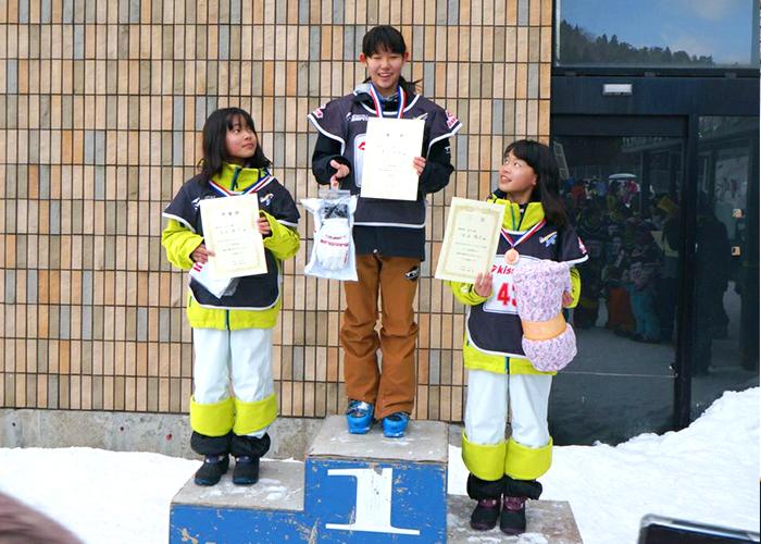 スポーツ少年団モーグル選手権大会 渡辺紗彩選手、優勝!